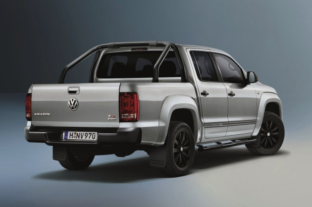 2015 Volkswagen Amarok Dark Label rear