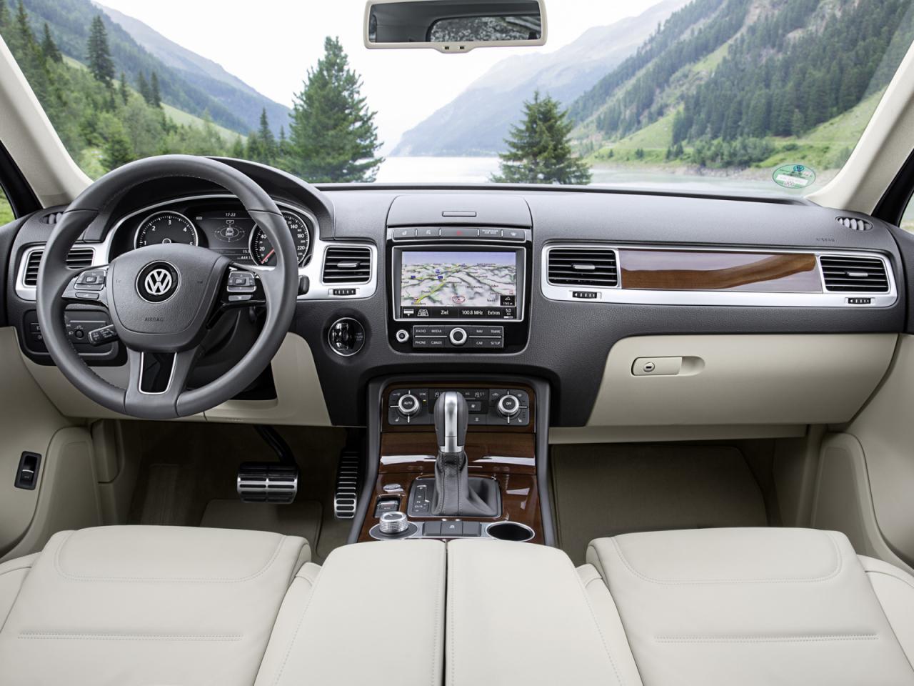 2015 Volkswagen Touareg V6 TDI gets mild power boost ...