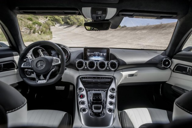 Mercedes-AMG GT-dash