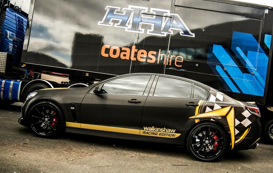 walkinshaw vf commodore holden racing edition performance decals pumped 550kw gives kw ps performancedrive autoevolution head