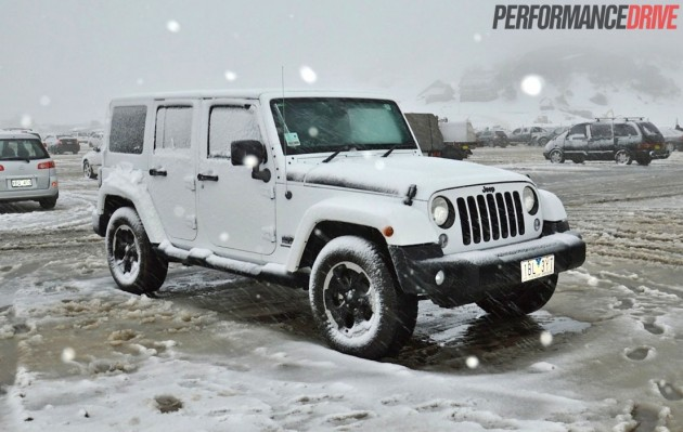 2014 Jeep Wrangler Polar snowing