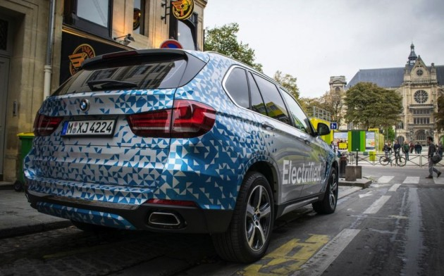 BMW X5 eDrive hybrid prototype-rear