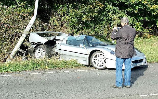 Ferrari F50 crash-UK