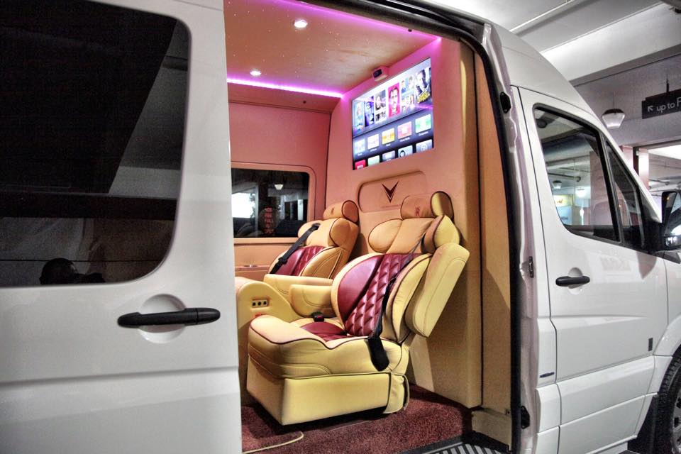 Mercedes Benz Rv >> For Sale: Tyrese Gibson's 'Rolls-Royce Ghost Sprinter' | PerformanceDrive