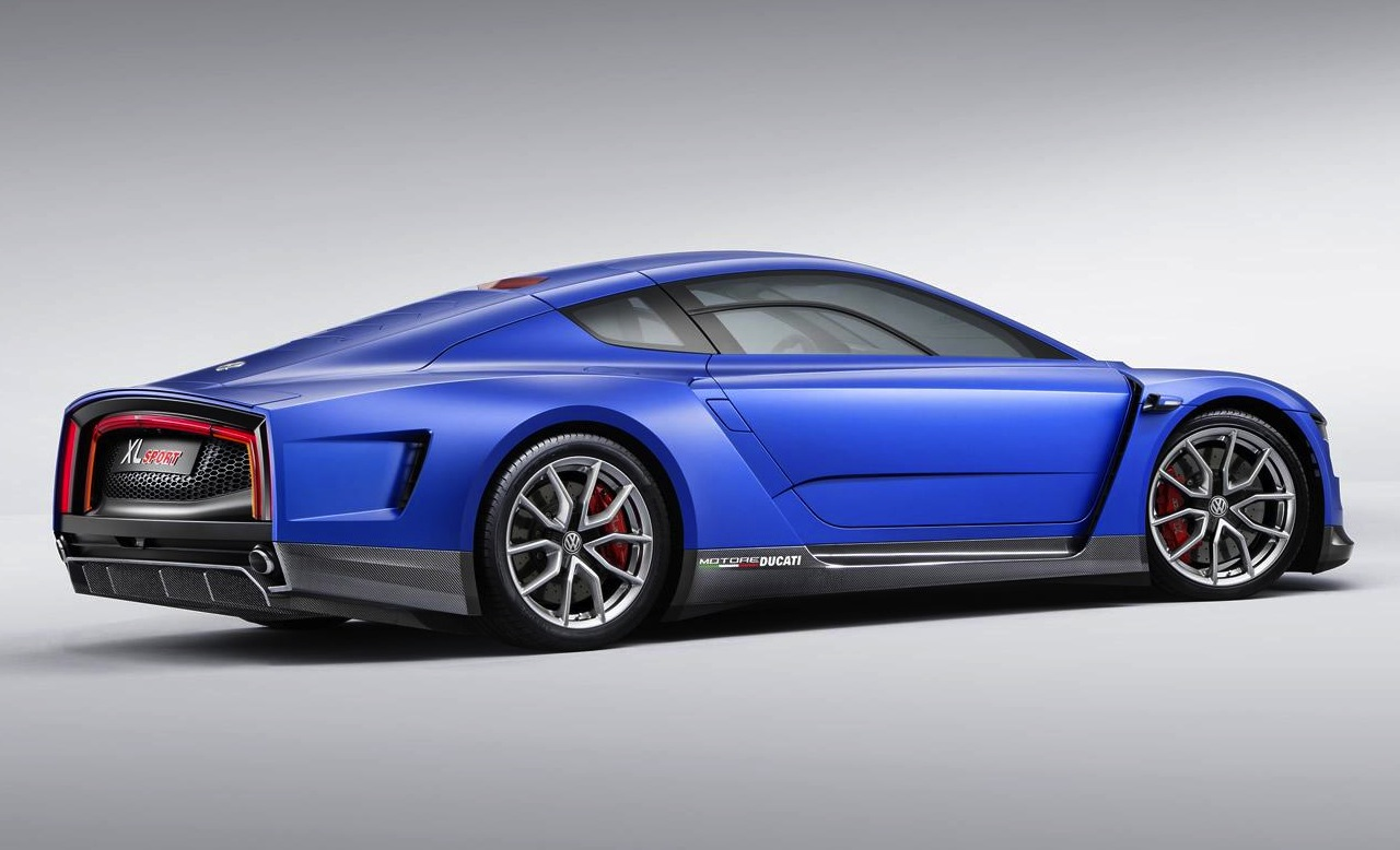 Volkswagen XL Sport revealed at Paris, gets 1200cc Ducati engine | PerformanceDrive