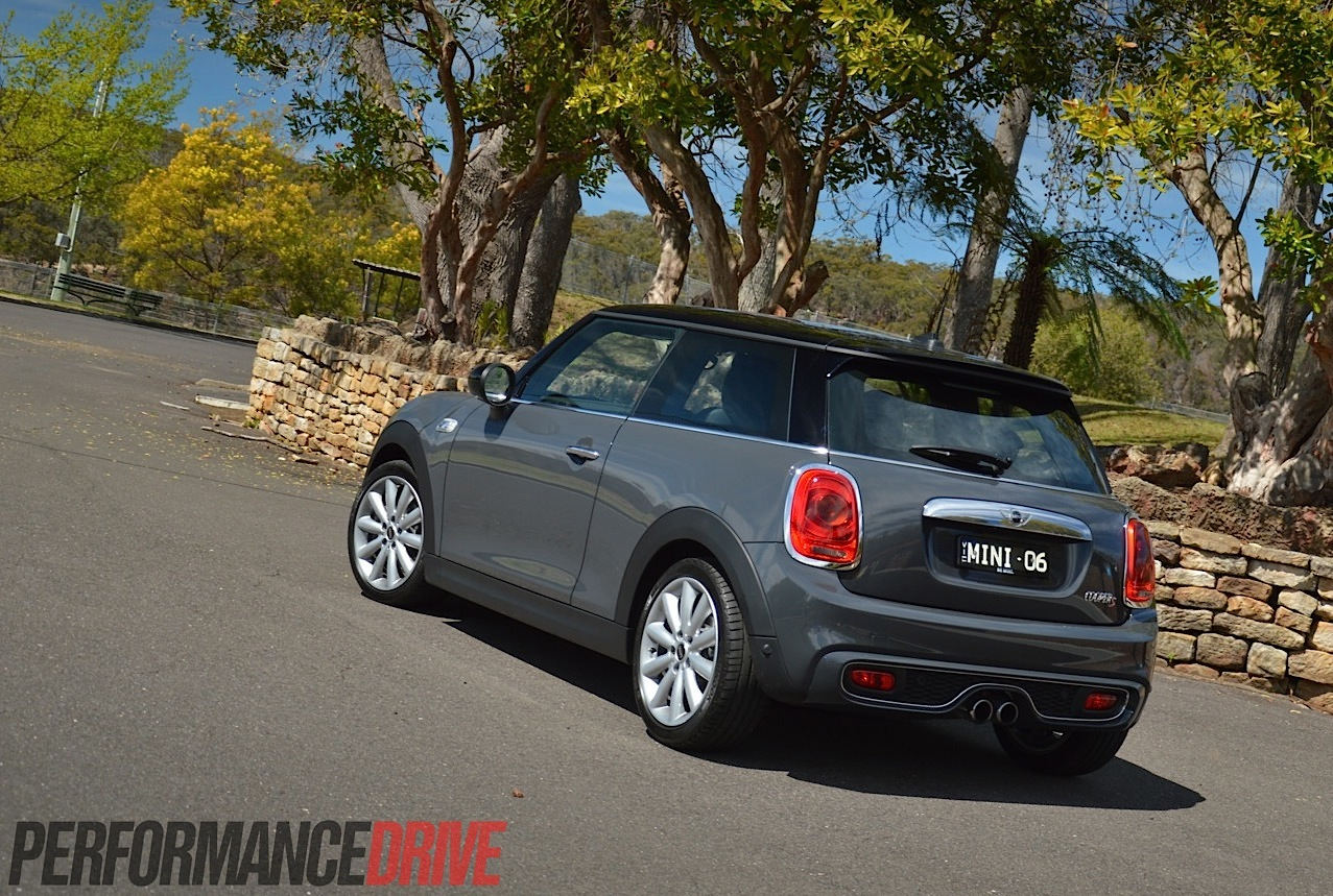 2014 MINI Cooper S review (video) | PerformanceDrive