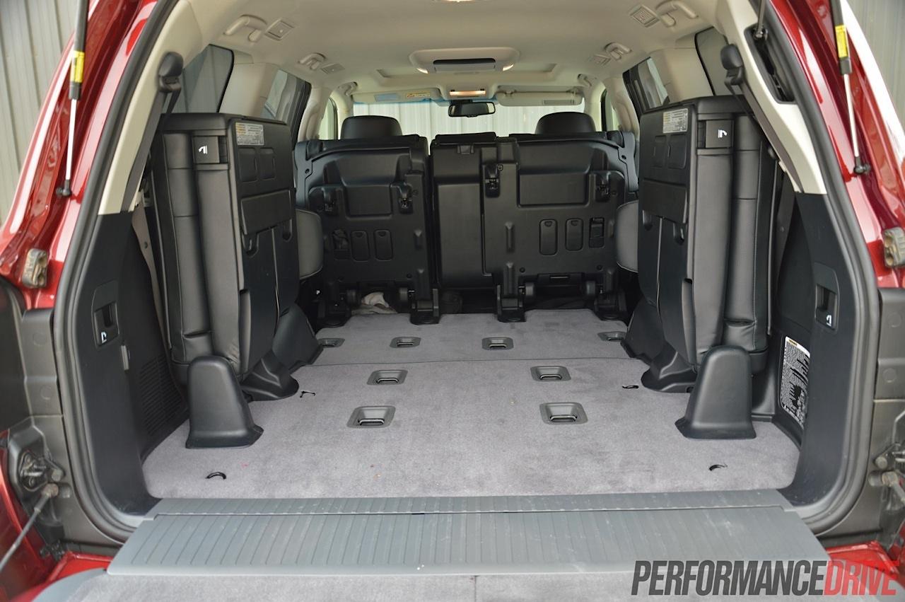 Toyota Camry 2018 Interior >> 2014 Toyota LandCruiser Sahara V8 review (video ...
