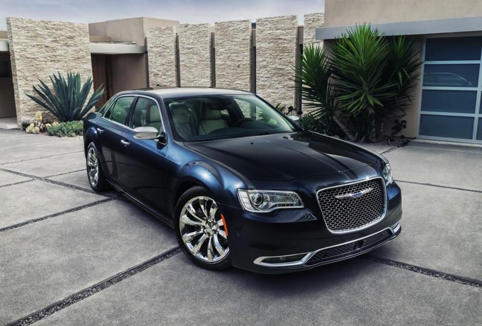 2015 Chrysler 300 Revealed 8spd Auto For V8 More Power