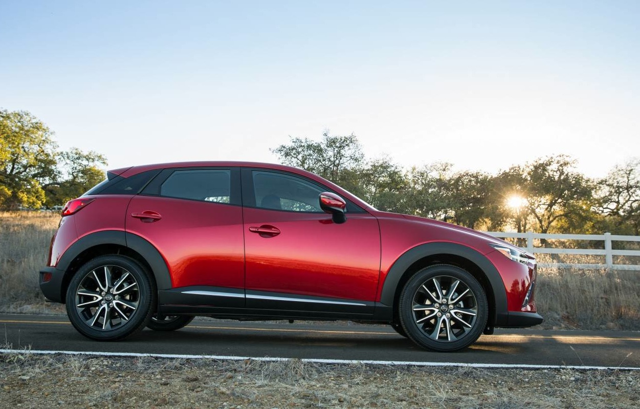 2015 Mazda Cx 3 Unveiled At La Auto Show Performancedrive