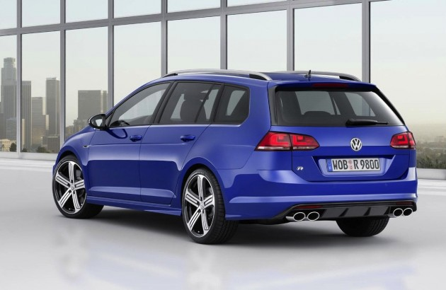 2015 Volkswagen Golf R Variant wagon-rear