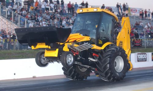 JCB GT officially becomes the fastest bachhoe in the world