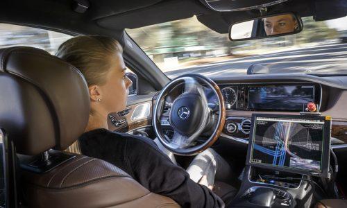 Mercedes-Benz steps up autonomous vehicle technology