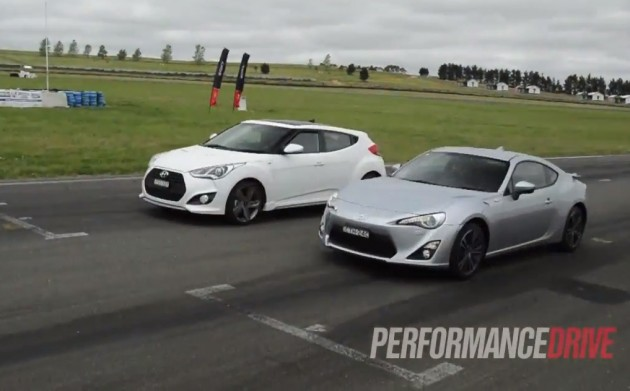 Toyota 86 GTS vs Hyundai Veloster SR Turbo race