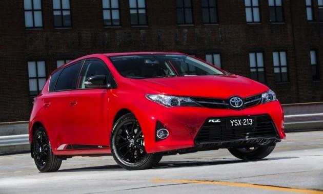 Toyota Corolla RZ-red