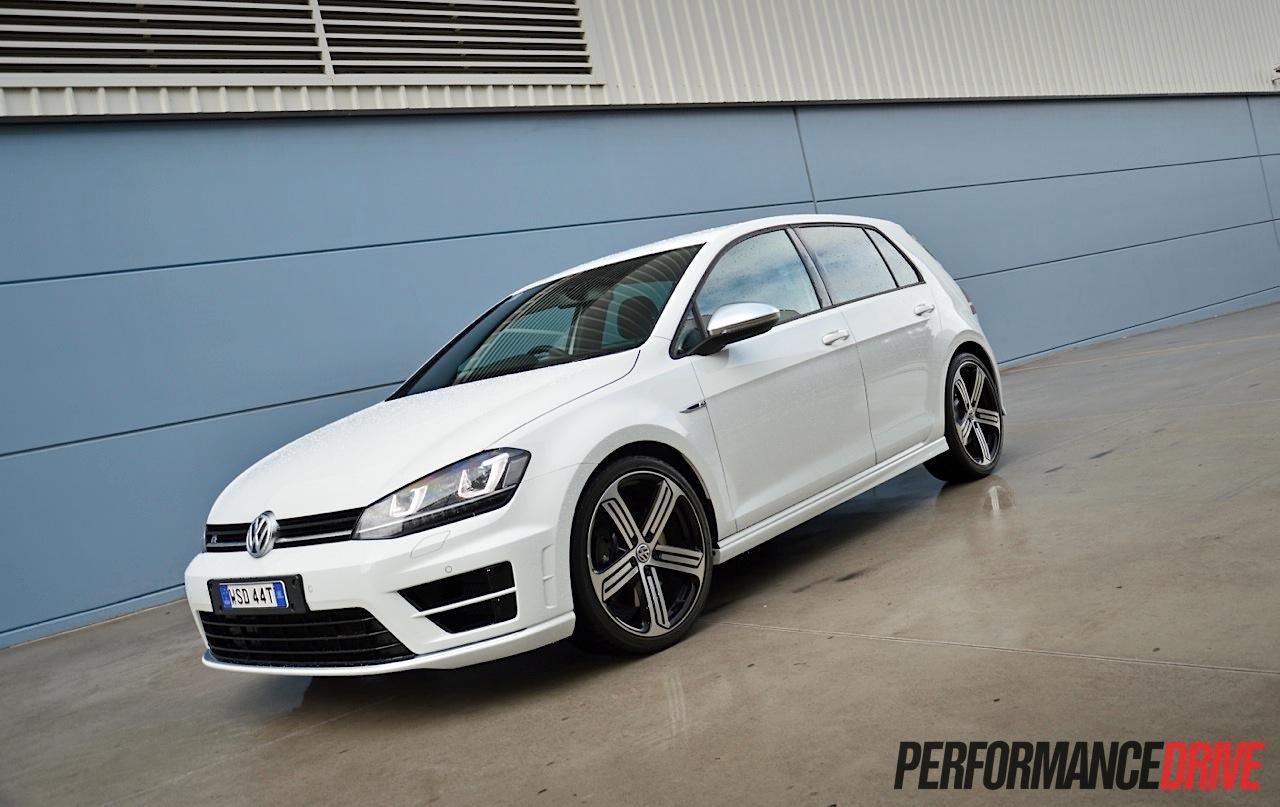 2014 Volkswagen Golf R Mk7 review (video) | PerformanceDrive