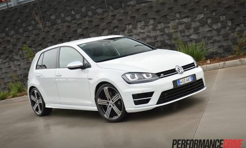 2014 Volkswagen Golf R Mk7 review (video)