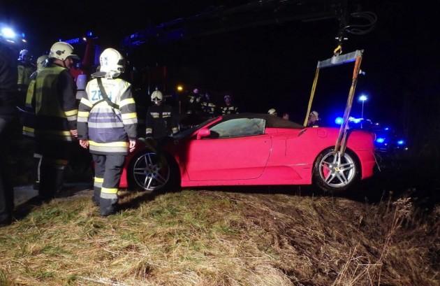 Ferrari F430 crash lake in Austria