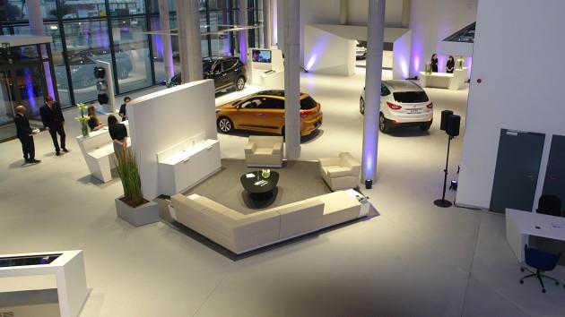 Hyundai showroom Frankfurt-3