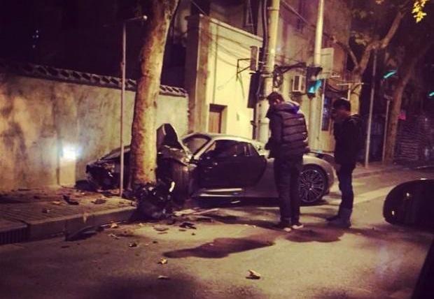 Porsche 918 crash Shanghai