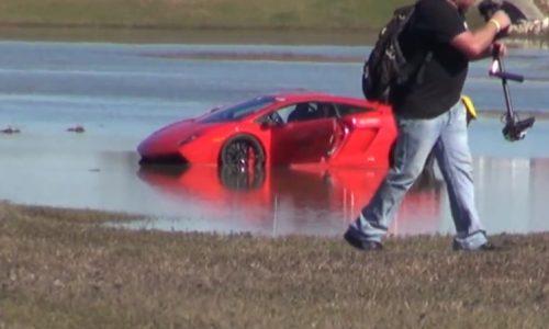 Video: 2000hp Lamborghini Gallardo spins out into a lake