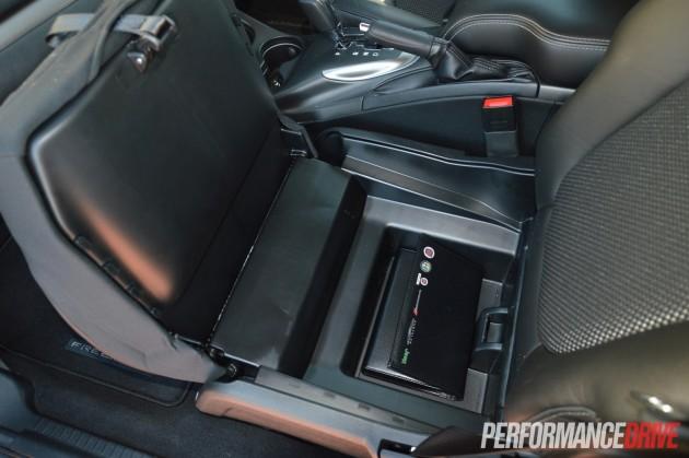 2015 Fiat Freemont Crossroad-storage box