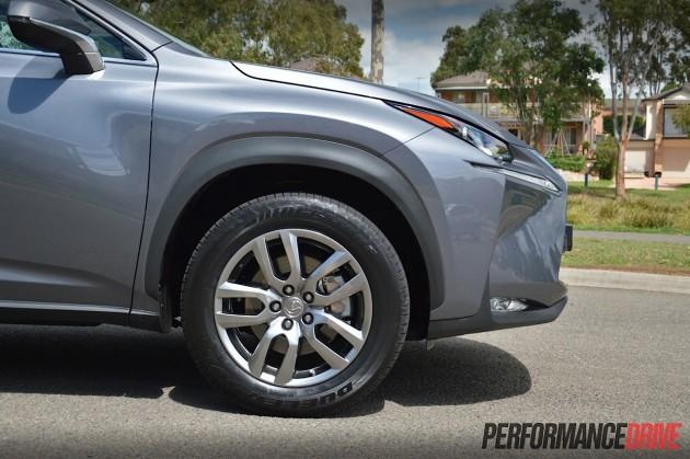2015 Lexus NX 300h Luxury-18in wheels