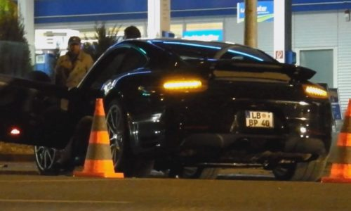 2016 Porsche 911 prototype spotted, involved in crash (video)