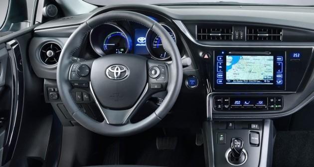 2016 Toyota Corolla hatch-interior