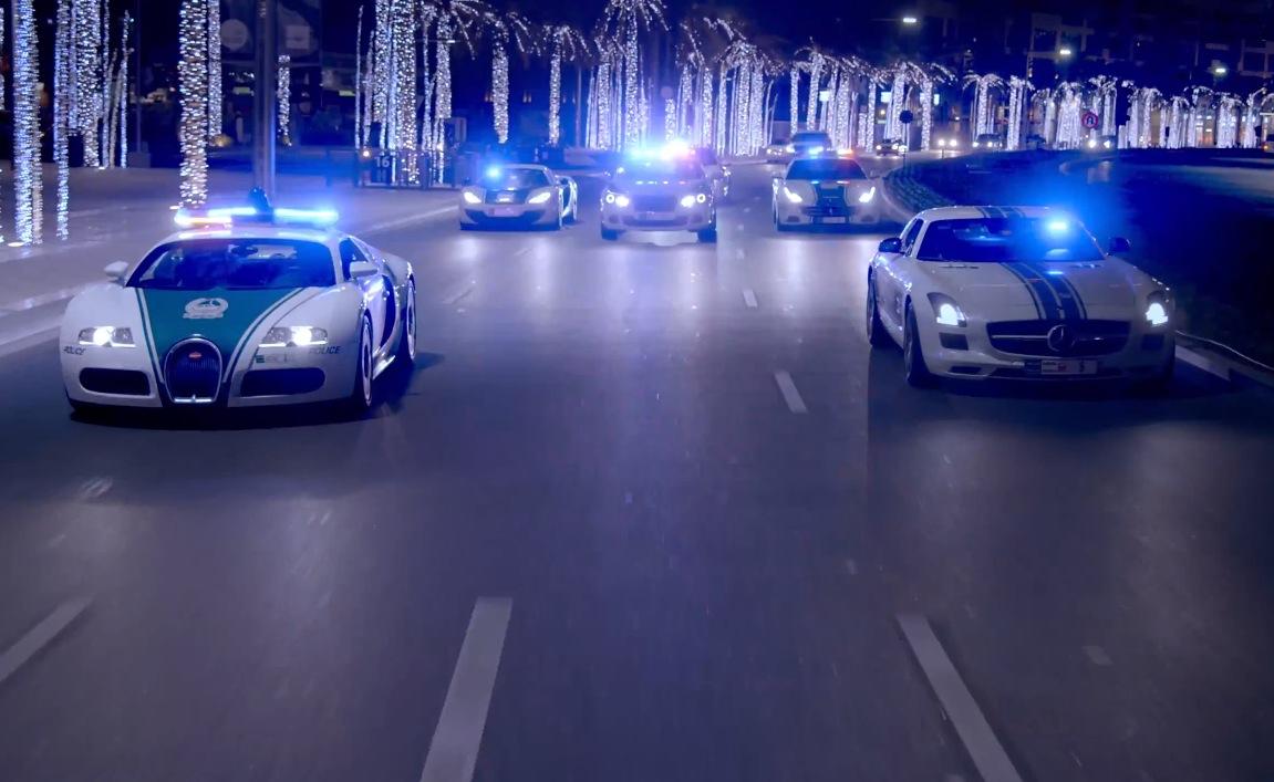 Dubai Police Patrol The Night In Style Bugatti Ferrari Video Performancedrive