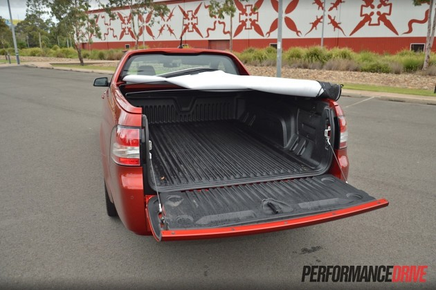 2015 Holden VF Commodore ute SSV Redline-tray