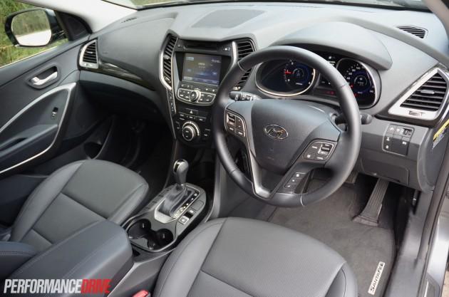 2015 Hyundai Santa Fe Elite dash