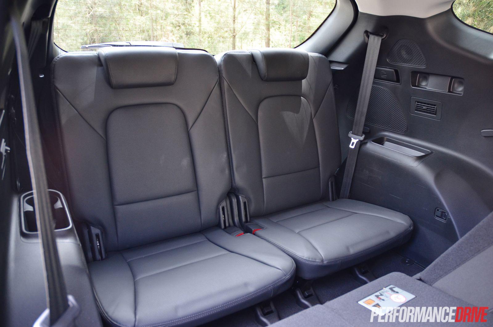 Hyundai Santa Fe Elite Third Row