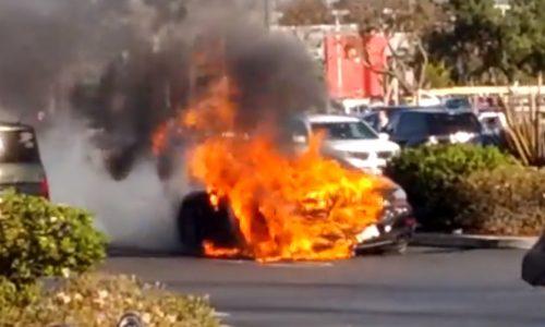Video: Porsche 911 Turbo S catches fire in supermarket car park