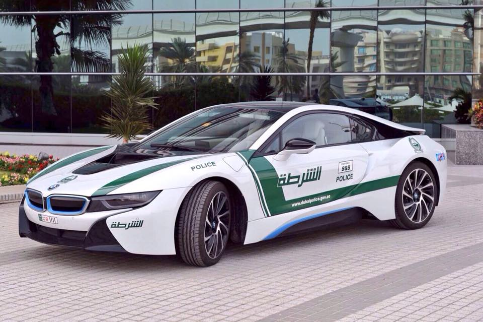 Dubai Police Force Adds Bmw I8 To Its Flamboyant Fleet Performancedrive