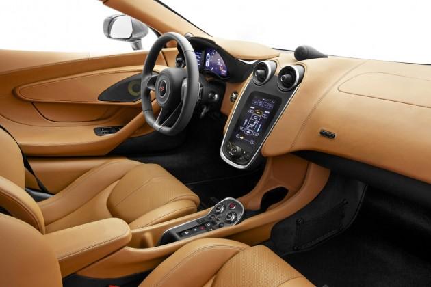 McLaren 570S-interior