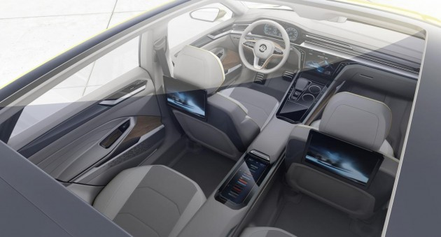 Volkswagen Sport Coupe Concept GTE-LCD screens