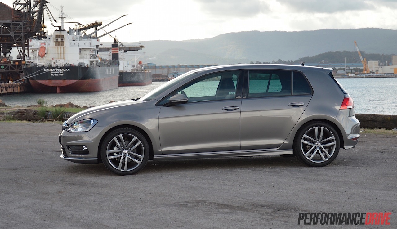 Golf Mk7 R >> 2015 Volkswagen Golf 110TDI Mk7 R-Line review (video) | PerformanceDrive