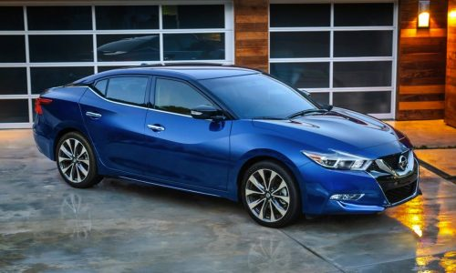 2016 Nissan Maxima makes its official debut at New York show