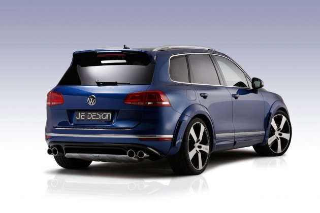 JE Design 2015 VW Touareg V8 TDI-rear