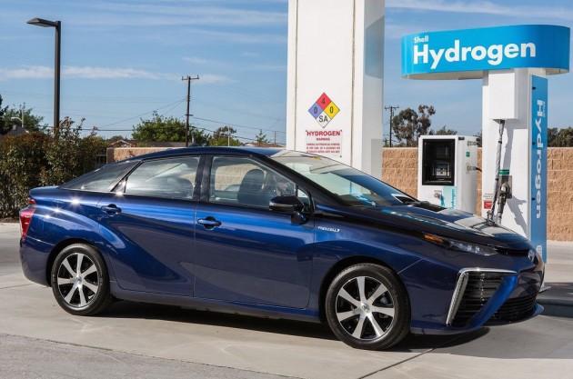 Toyota Mirai hydrogen refill