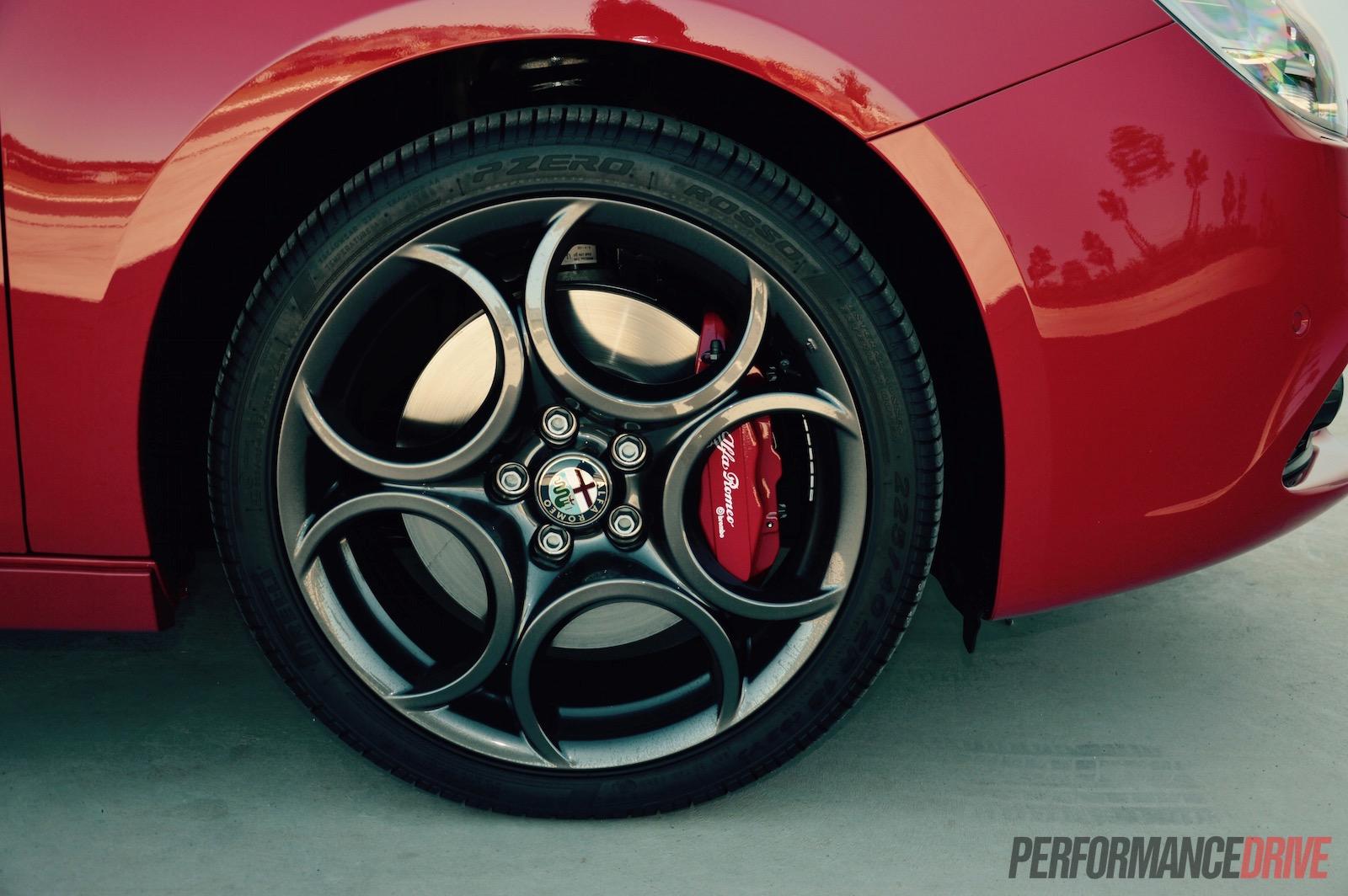 2015 Alfa Romeo Giulietta Qv Review Video Performancedrive Wheels 18in