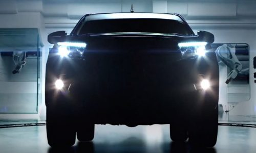 Video: 2016 Toyota HiLux previewed in official teaser