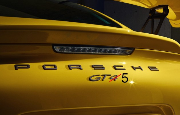 Porsche GT5 badge-edit