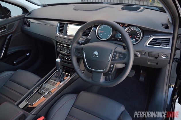 2015 Peugeot 508 GT Touring-interior
