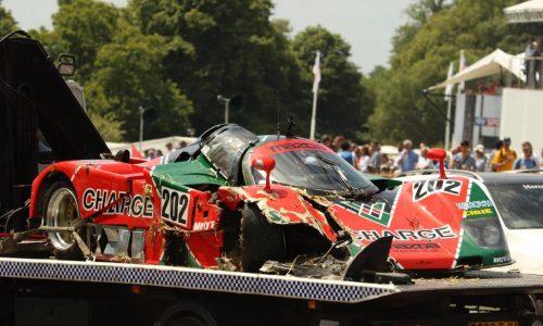 Mazda 767b Le Mans car crashes at Goodwood Festival (video)
