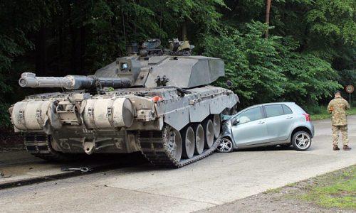 Learner driver learns harsh lesson: tank vs car – tank will win