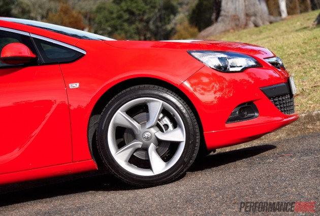 2015 Holden Astra GTC Sport-19in wheels