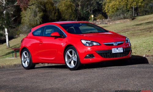 2015 Holden Astra GTC Sport review (video)