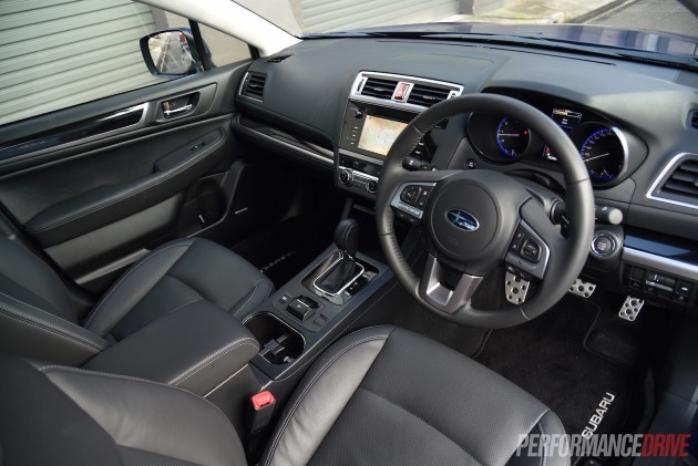 2015 Subaru Liberty 3.6R-interior