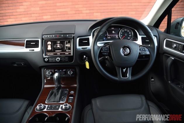 2015 Volkswagen Touareg V6 TDI-dash
